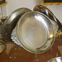 Как чистить серебряные изделия. Уход за серебряной посудой и столовыми приборами