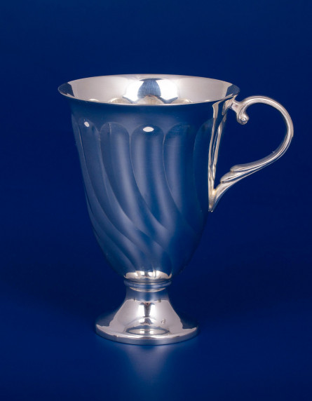 Серебряная чашка №19