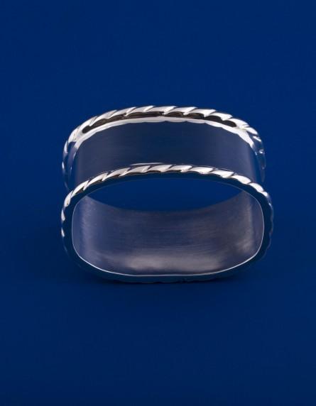 Серебряное кольцо для салфеток №9