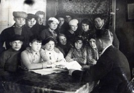 Артель им.Молотова п.Мстёра 1930-е годы.
