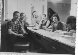 Коллектив завода «Ювелир» 1960 год. Справа вторая Рябкова (Догадина) Людмила Алексеевна